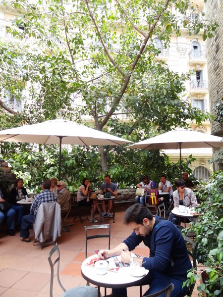 The courtyard café at the Frederic Marès Museum. Photo copyright Laura Byrne Paquet.